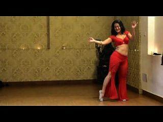 सेक्सी गर्म भारतीय पेट नृत्य