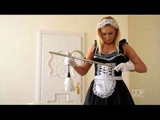 मालकिन जफीरा रूसी सौंदर्य लिंडसे ओलसेन pt.1 पर हावी है