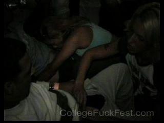 कॉलेज बकवास उत्सव 03 लैम्ब्डा कपा लैंबडा