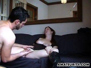 गर्म शौकिया किशोर गधा पर सह के साथ बेकार है और fucks