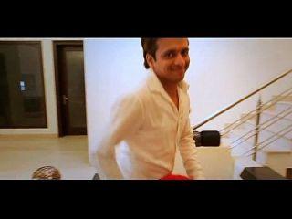भारतीय अभिनेत्री हिंदी हॉट रोमान्स वीडियो गाना दिखा रहा है स्तन
