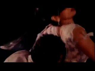 बंगाली गर्म गरम मसाला गीत