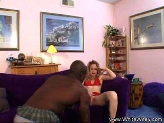 दो काले लड़के एक सींग का गृहिणी बढ़ा