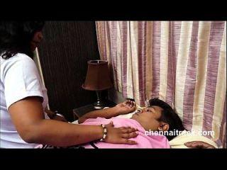 रोमांटिक नर्स मरीज 480p (नया) के साथ रोमांस बना रही है