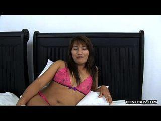 प्यारा थाई कमबख्त और गड़बड़ असली मुश्किल