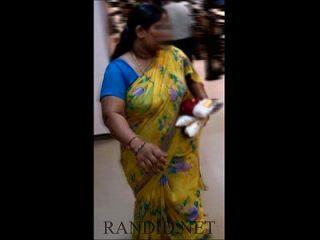 बस्टी भारतीय चाची
