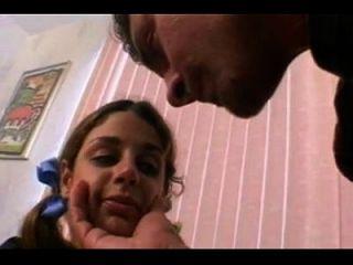 प्यारा बालों वाली किशोर पहली बार बकवास अश्लील ट्यूब 1671917 है