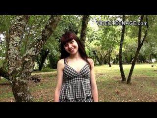 18 वर्षीय लुना प्रतिद्वंद्वी पहले अश्लील कास्टिंग