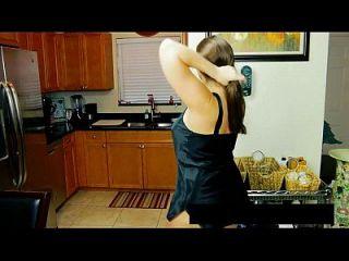 busty माँ नहीं उसके बेटे और अधिक वीडियो www.69sexlive.com पर fucked