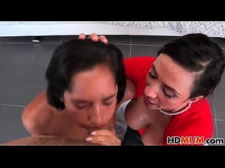 गर्म माँ एरिआला फेरेरा और च्लोए इमौर सेक्स