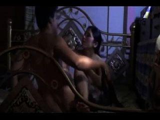 भारतीय देसी कॉलेज गर्ल घर सेक्स क्लिप बनाया
