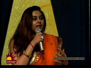 साड़ी में कामुक namitha