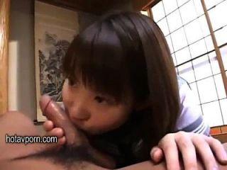 सुंदर जापानी छात्रा पिताजी सुख