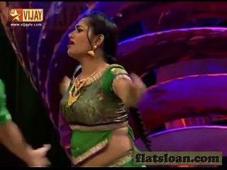 शिल्पा गर्म नृत्य