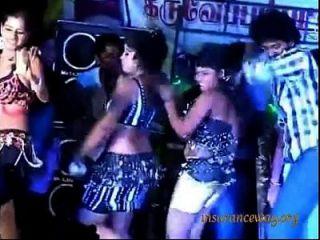 तमिलनाडू गांव रिकॉर्ड नृत्य