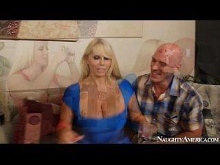 अलुरा जेन्सन और कैरन फिशर सेक्सी त्रिगुट fapp.me/2chicks