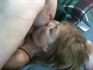 सुंदरता परिपक्व शौकिया गर्म महिला माँ blowjob मुँह गड़बड़