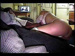 पत्नी पति फिल्मों जबकि बेकार