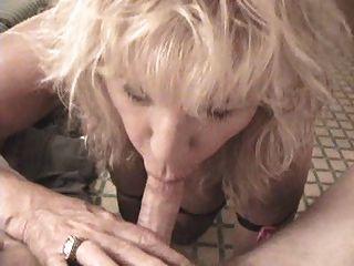 दादी गोरा blowjob YPP
