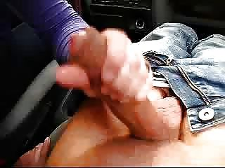 Bonne branleuse!Opuntia से कार में blowjob hanjob