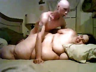पतला आदमी अपने सुपर वसा आकार बीबीडब्ल्यू पूर्व प्रेमिका कमबख्त