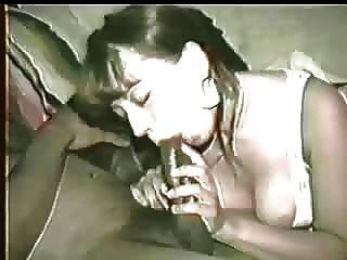 पत्नी जाता है काले डिक भी मलाईदार इसलिए पति उसके मुंह से यह साफ करने के लिए उसे प्रोत्साहित करती है!कृपया टिप्पणी करें!