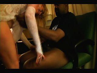काले प्रेमी के साथ गोरा सफेद दुल्हन - घर अंतरजातीय व्यभिचारी