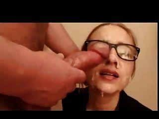 मैला blowjob उसे दो बार सह बनाता है