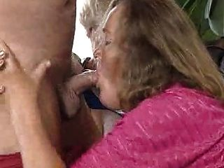 पुराने और सेक्सी दादी!
