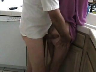 माँ और उसका बेटा नहीं