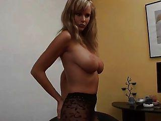 आदर्श पत्नी ज़ुज़ाना अच्छी लड़की नायलॉन स्तन पैर सपना स्तन