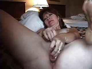 सींग का परिपक्व पत्नी गुदा हस्तमैथुन
