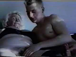 जर्मन दादी परिपक्व ओमा सेक्स