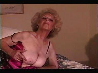 पुराने दादी