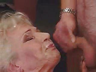 दादी गैंगबैंग और बड़े चेहरे और क्रीम पाई !!!