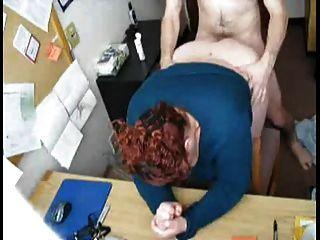 कमबख्त मेरी छिपे हुए कैमरे पर सींग फैट बीबीडब्ल्यू सचिव