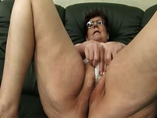 दादी panty भराई और dildo खेलने