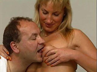 गर्म जर्मन परिपक्व जोड़ी सेक्स