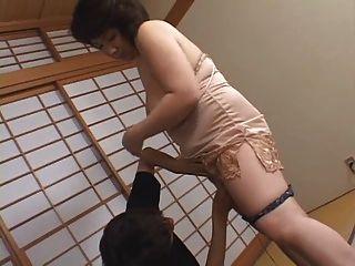 पुराने जापानी माँ Cumm चाहते हैं !!