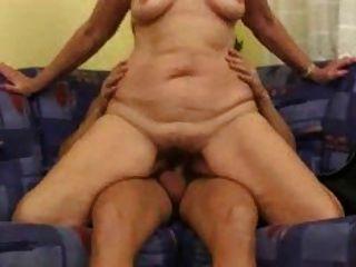 परिपक्व बूढ़ी औरत 4