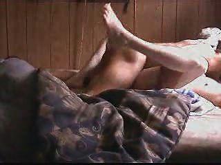 सफेद फूहड़ एक बीबीसी 2 से संभोग करने के लिए गड़बड़