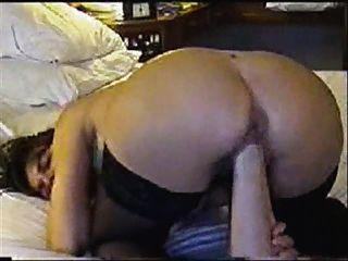 बिल्ली मुट्ठी और गधे में विशाल dildo (बुरा ध्वनि)