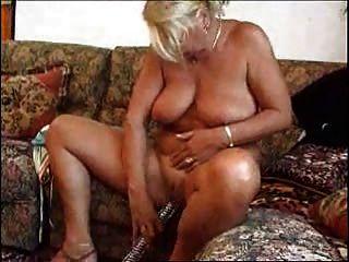 परिपक्व बूढ़ी औरत 1