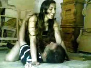 अरब लड़की बकवास वृध्द अरब मैन