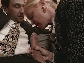 दादी और मोज़ा में milf बकवास