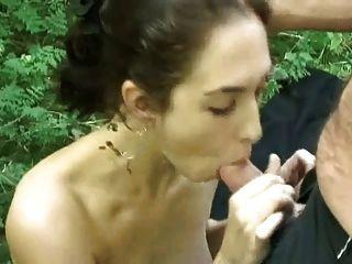 बिग titted जेनिस और खौफनाक जोड़ी: एक डाकू में कमबख्त