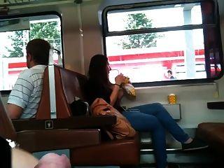 ट्रेन फ्लैश - एक पूरे दिन के सह के साथ चमकता