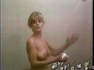 अधिक Celeb स्तन