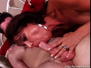 बहुत सेक्सी milf वैनेसा videl बकवास प्यार करता है