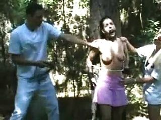 जर्मन महिला अच्छी तरह spanked है